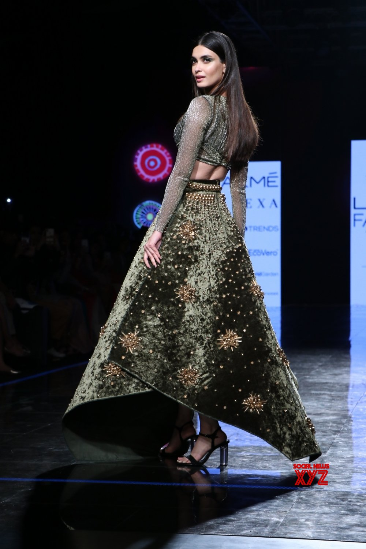 Mumbai: Diana Penty walks for Shivan & Narresh at Lakme Fashion Week #Gallery