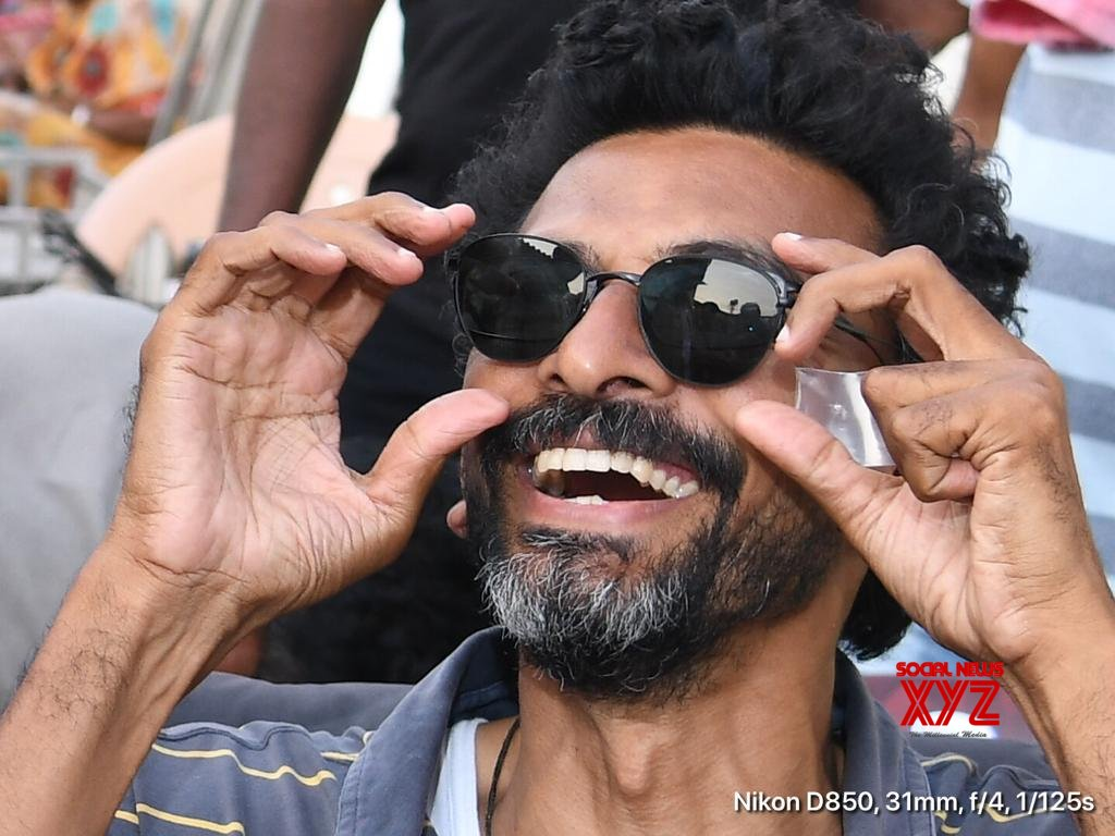 Photos: Naga Chaitanya Gifts Sunglasses To Sekhar Kammula For Love Story Movie