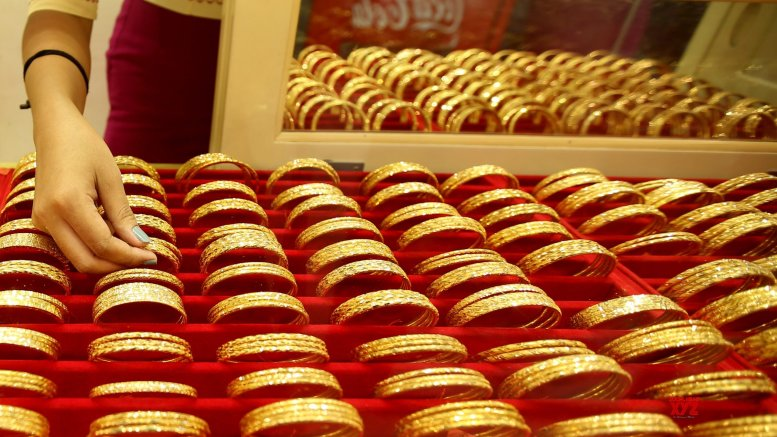 India's gold imports halve to $6.8B in Apr-Sep FY21