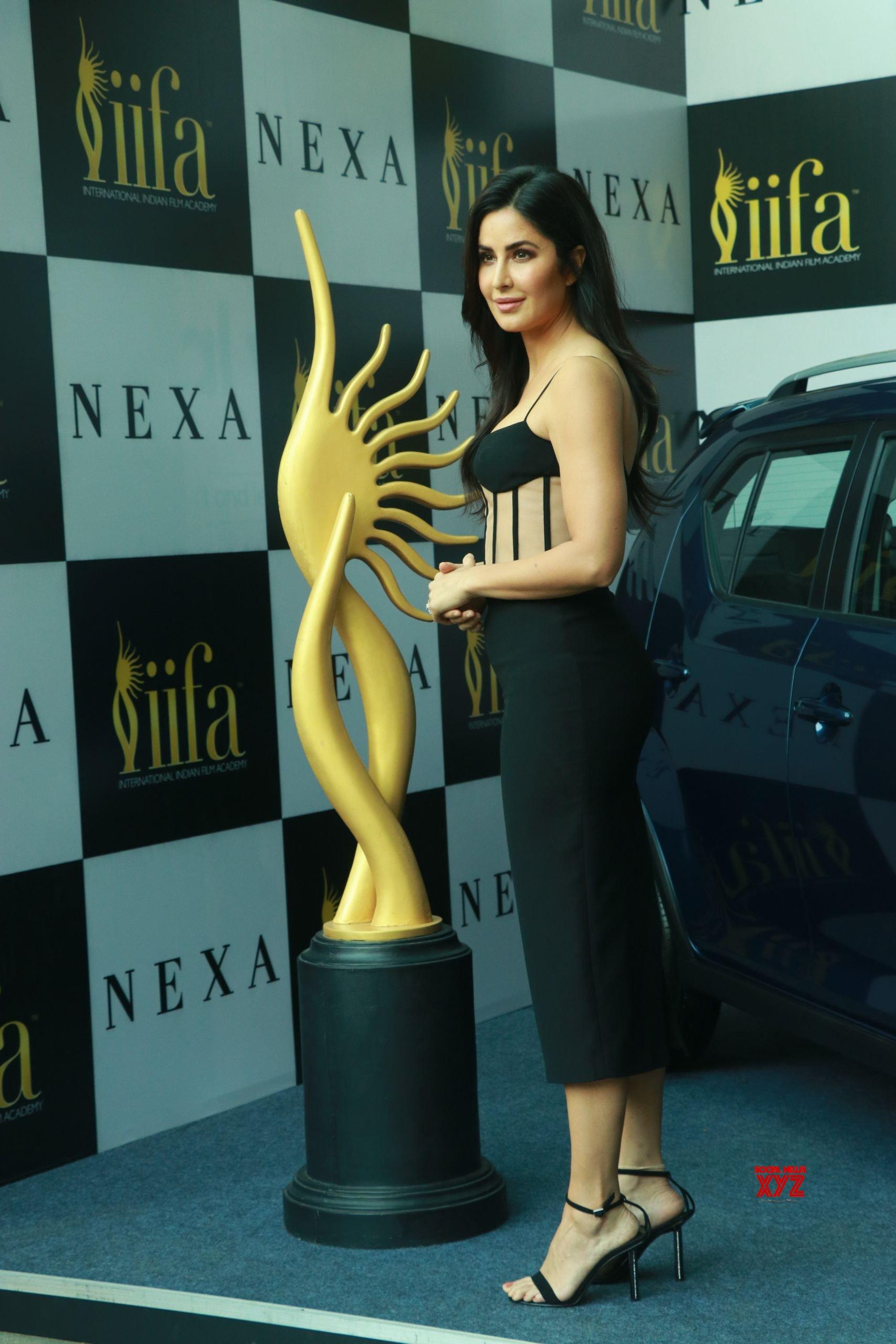 Katrina Kaif, Dia Mirza, And Kartik Aaryan At IIFA Awards ...