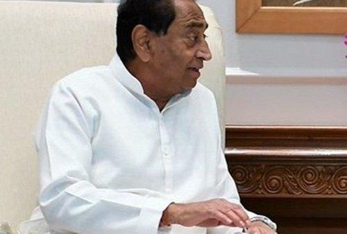 Congress MLAs arrive in Bhopal ahead of floor test