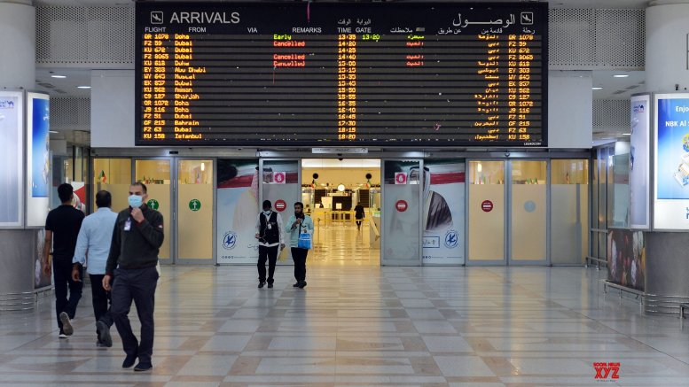 Kuwait resumes commercial flights after months of suspension