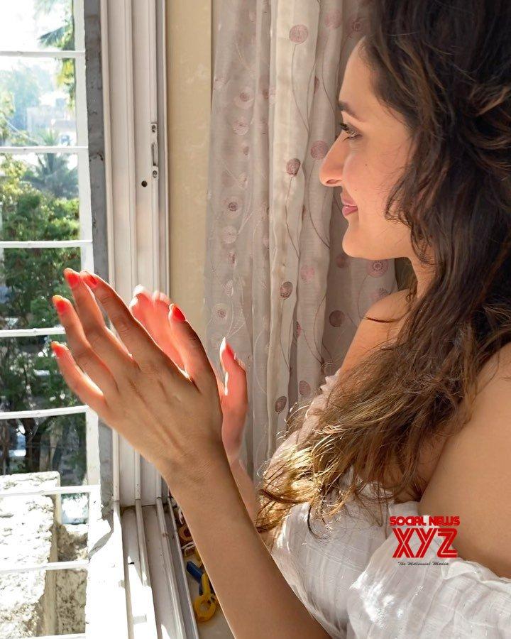 Actress Pragya Jaiswal Latest Stills