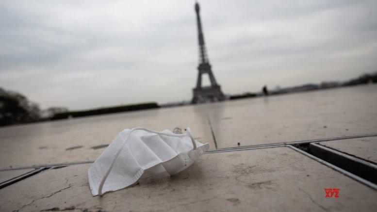 Coronavirus cases near 30,000 in France, death toll at 1,696