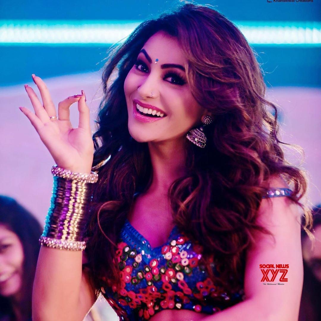 Actress Urvashi Rautela Hot Glam Stills