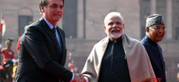 New Delhi: Prime Minister Narendra Modi receives Brazilian President Jair Bolsonaro at a Ceremonial Reception accorded to him at Rashtrapati Bhavan in New Delhi on Jan 25, 2020. Also seen President Ram Nath Kovind. (Photo: IANS)