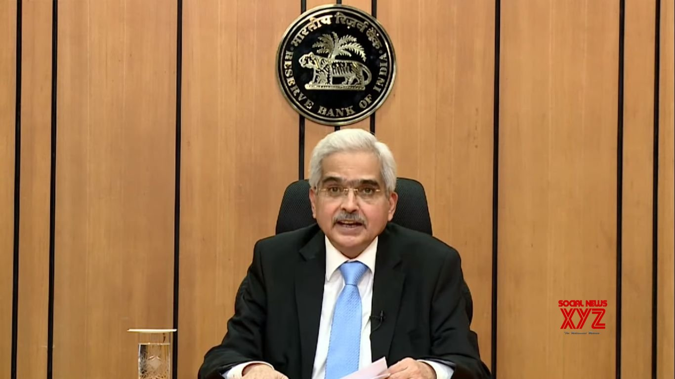 Covid-impacted economy may see gradual recovery: RBI Guv