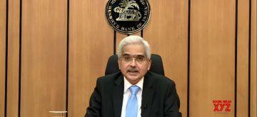 Mumbai: Reserve Bank of India Governor Shaktikanta Das addresses a pess conference at the RBI Headquarters in Mumbai on Apr 17, 2020. (Photo: IANS)