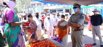 Hyderabad: Hyderabad Commissioner of Police Anjani Kumar during his inspection visit to Hyderabad's Monda Market at Secunderabad during the extended nationwide lockdown imposed to mitigate the spread of coronavirus; on Apr 27, 2020. (Photo: IANS)