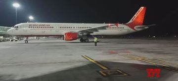 An Air India flight with 331 passengers from Britain landed at the Rajiv Gandhi International Airport in Hyderabad early Tuesday. It later took off with another 87 passengers for Delhi, from where they will be airlifted to the US. Air India flight AI 1839, a Boeing 773 aircraft, arrived via Delhi at the Hyderabad airport at 2.21 am.