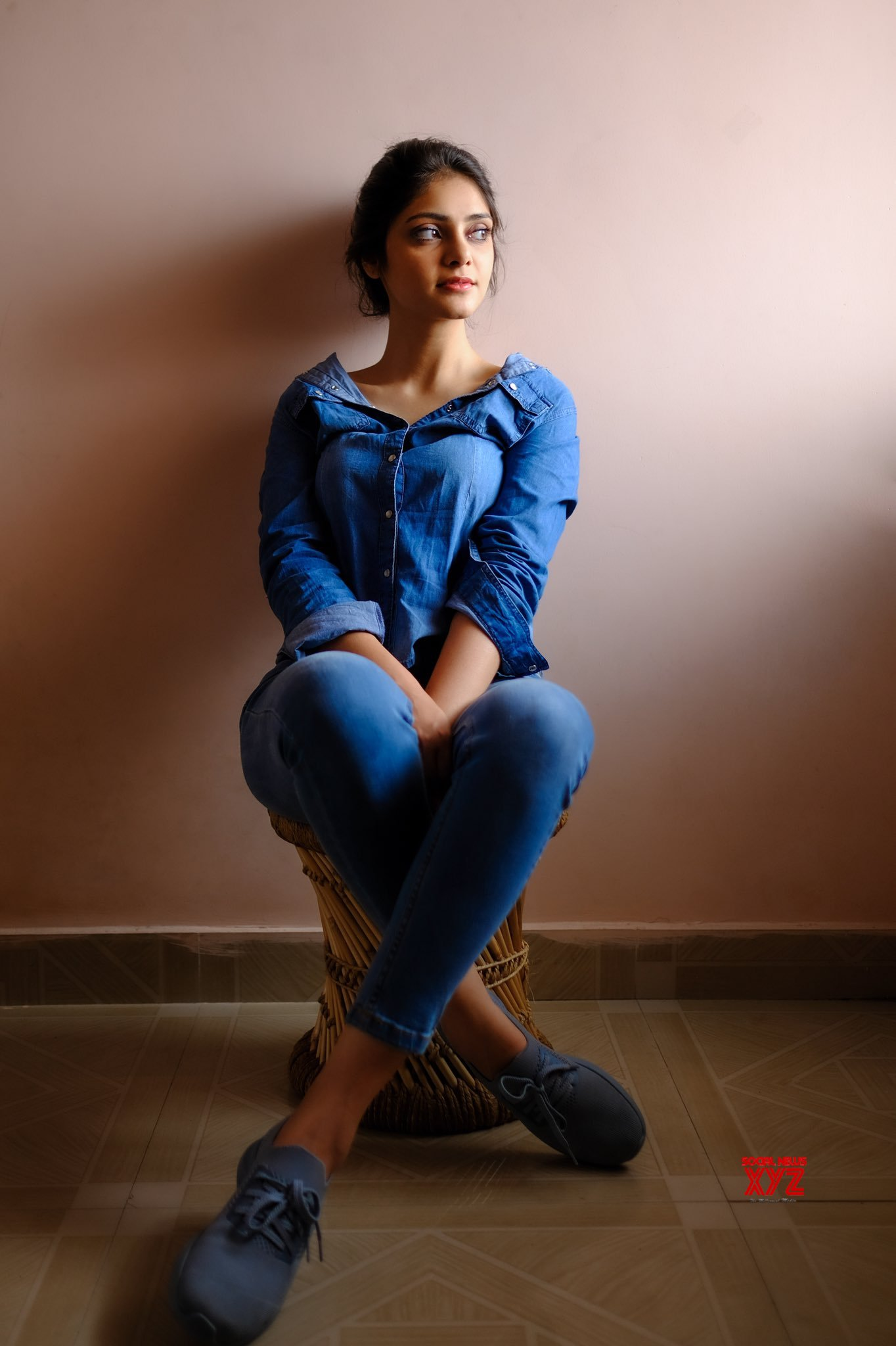 Actress Rahasya Gorak Latest Glam Stills