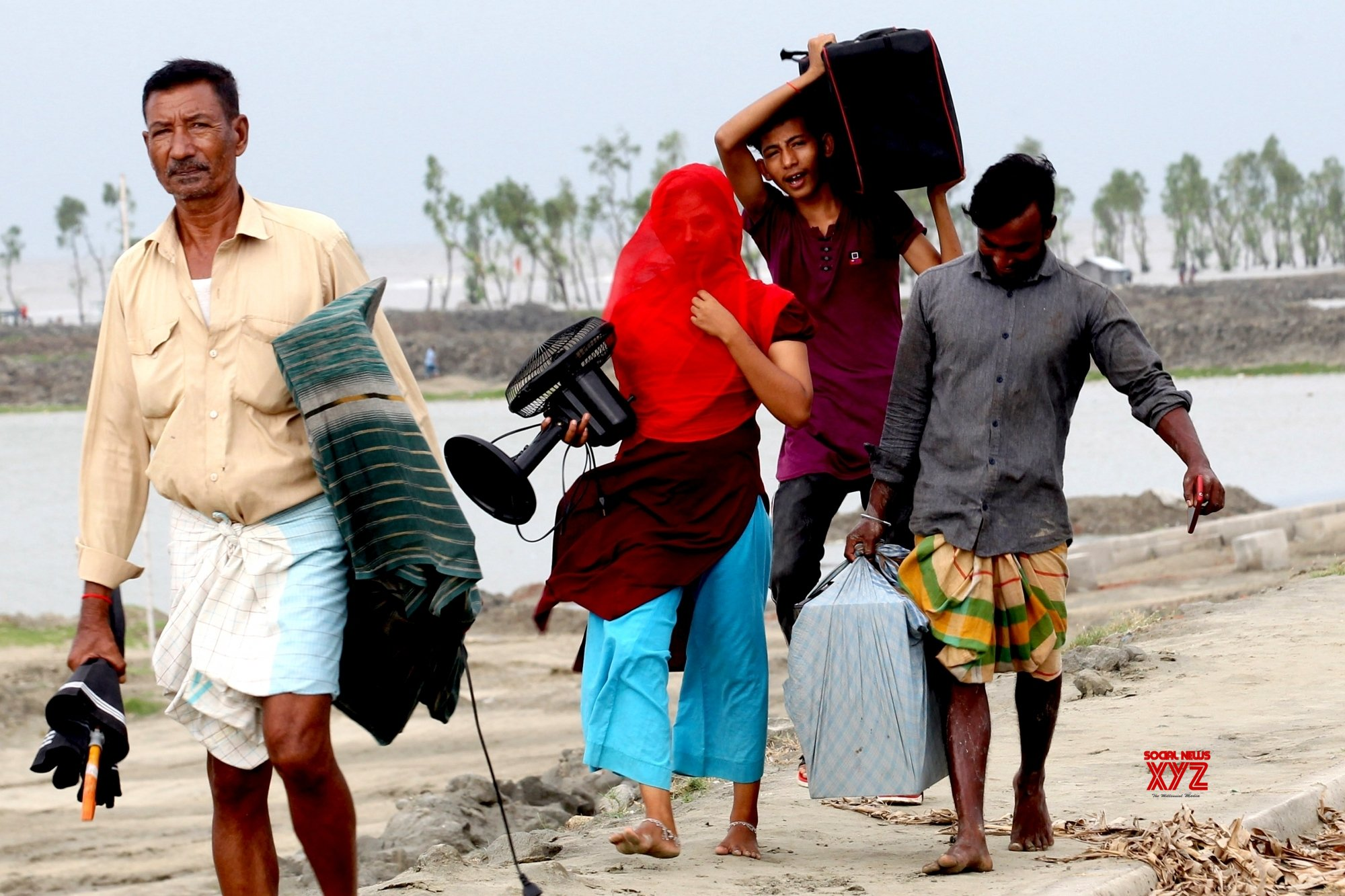 "BANGLADESH - CHATTOGRAM - CYCLONE ""AMPHAN"" #Gallery"