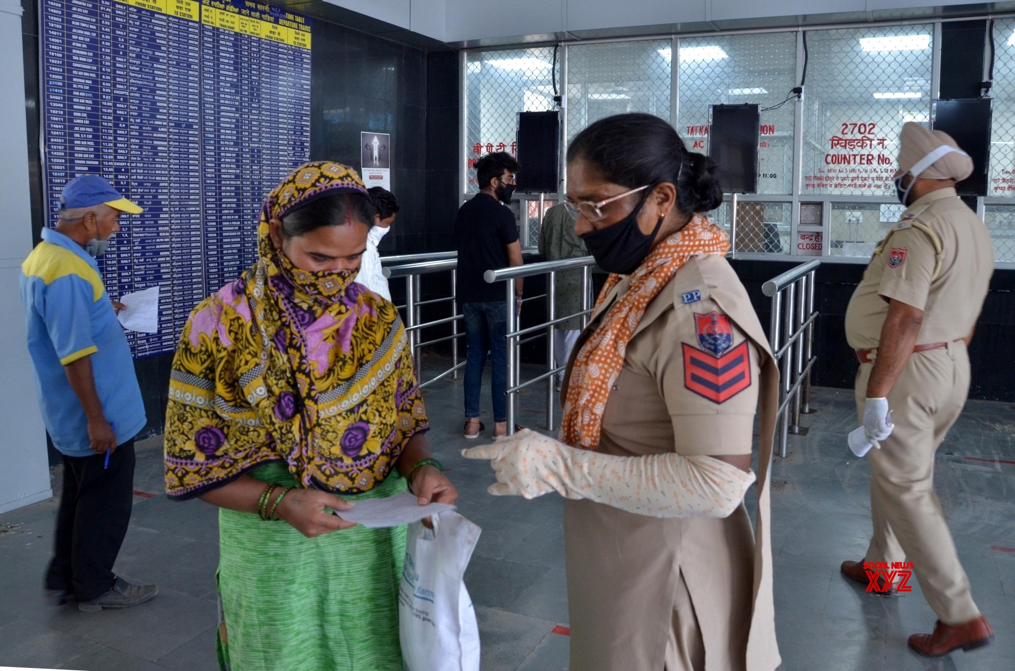 Amritsar: People visit Amritsar railway station for reservations to return home #Gallery
