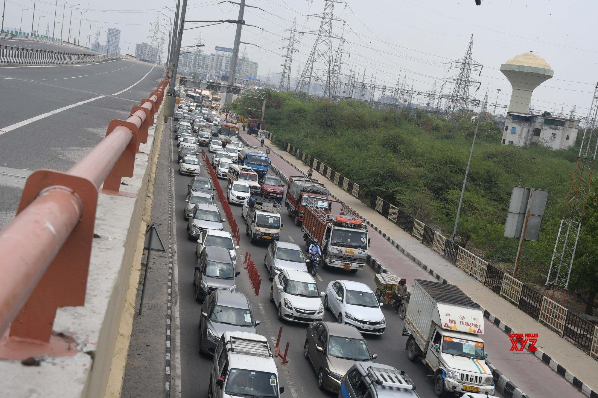दिल्ली आज से शर्तों के साथ अनलॉक, मेट्रो और मॉल अभी रहेंगे बंद, जानें पूरी डिटेल