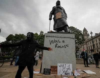 How Banksy Thinks Bristol Should Replace Its Slave Trader Statue