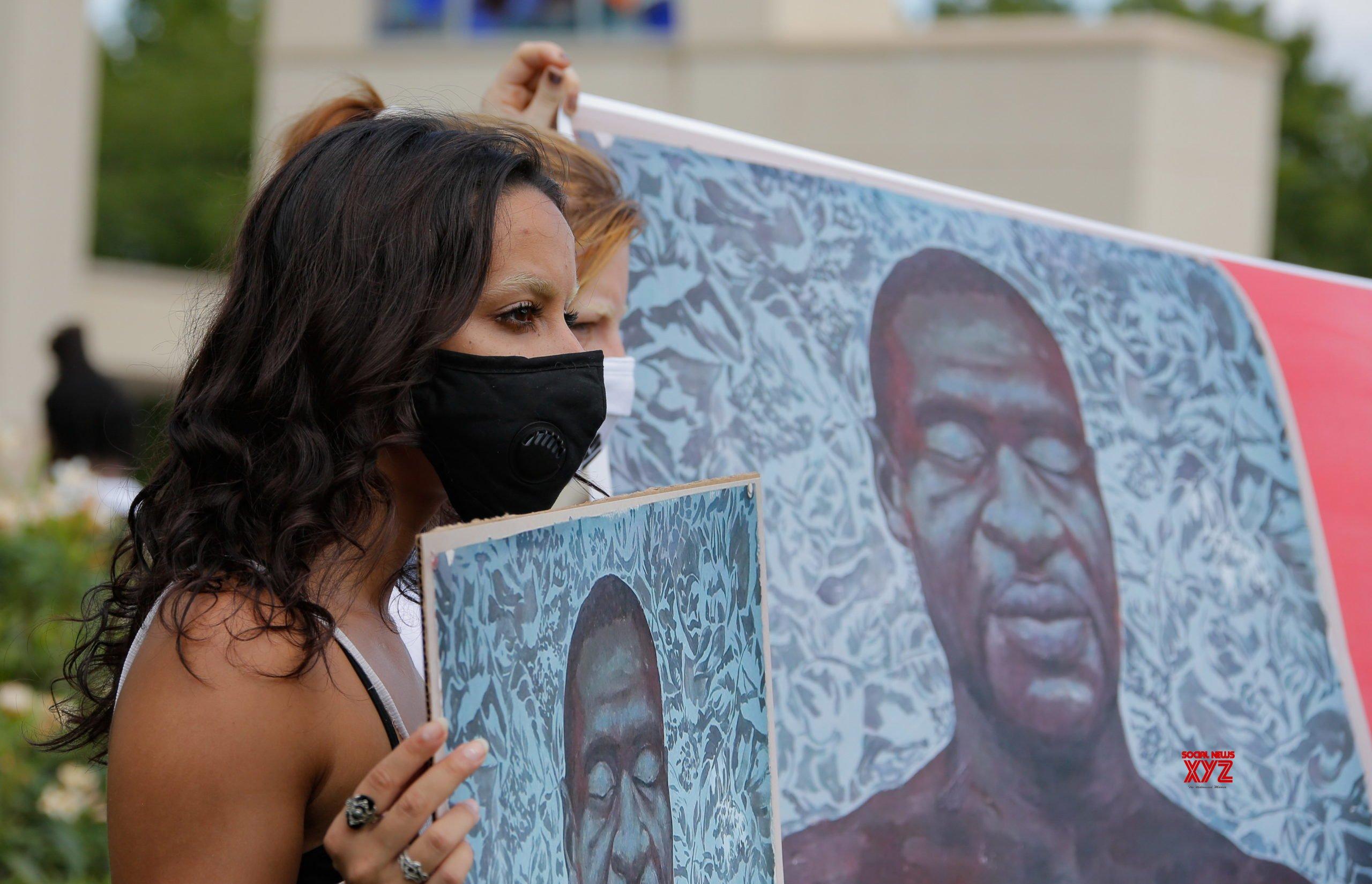 Funeral Held In Houston To Bid Farewell To George Floyd Social News Xyz