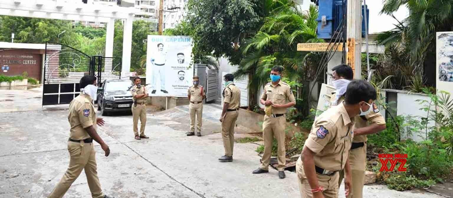 Hyderabad: Telangana Congress leaders placed under House Arrest #Gallery - Social News XYZ