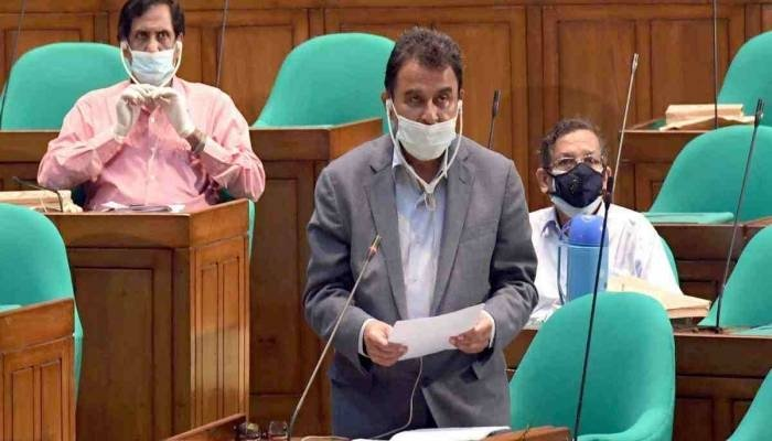 B'desh Parliament passes 2020-21 budget with 10K cr takas to fight Covid