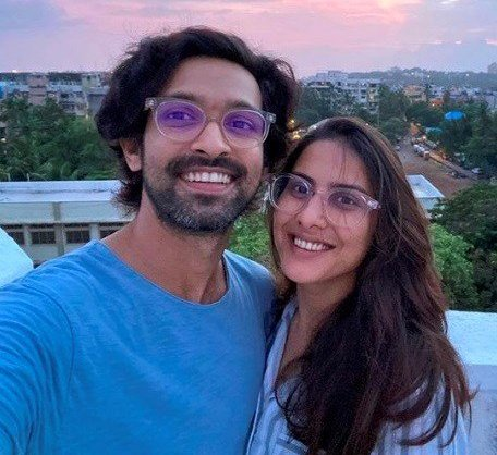 Vikrant Massey writes a heartfelt note for his fiance Sheetal Thakur