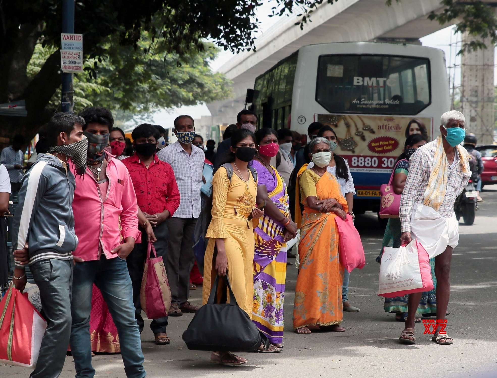 Bengaluru: Migrants return to their native places after lockdown re - imposed in Bengaluru from tomorrow #Gallery