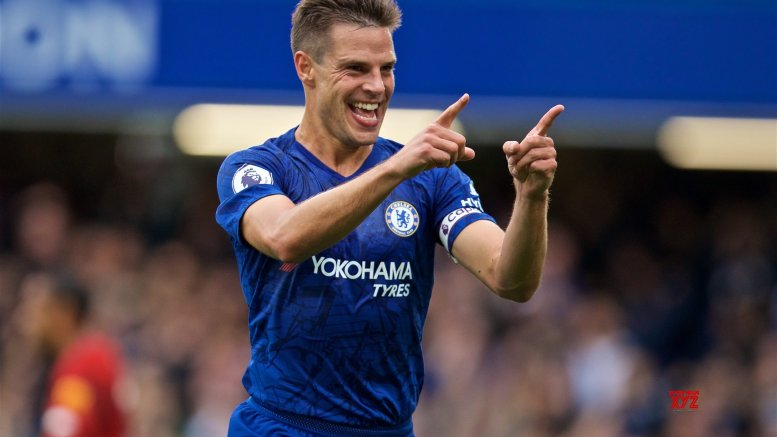 COVID-19: Chelsea's Azpilicueta sends moving message to Jr. Bachchan