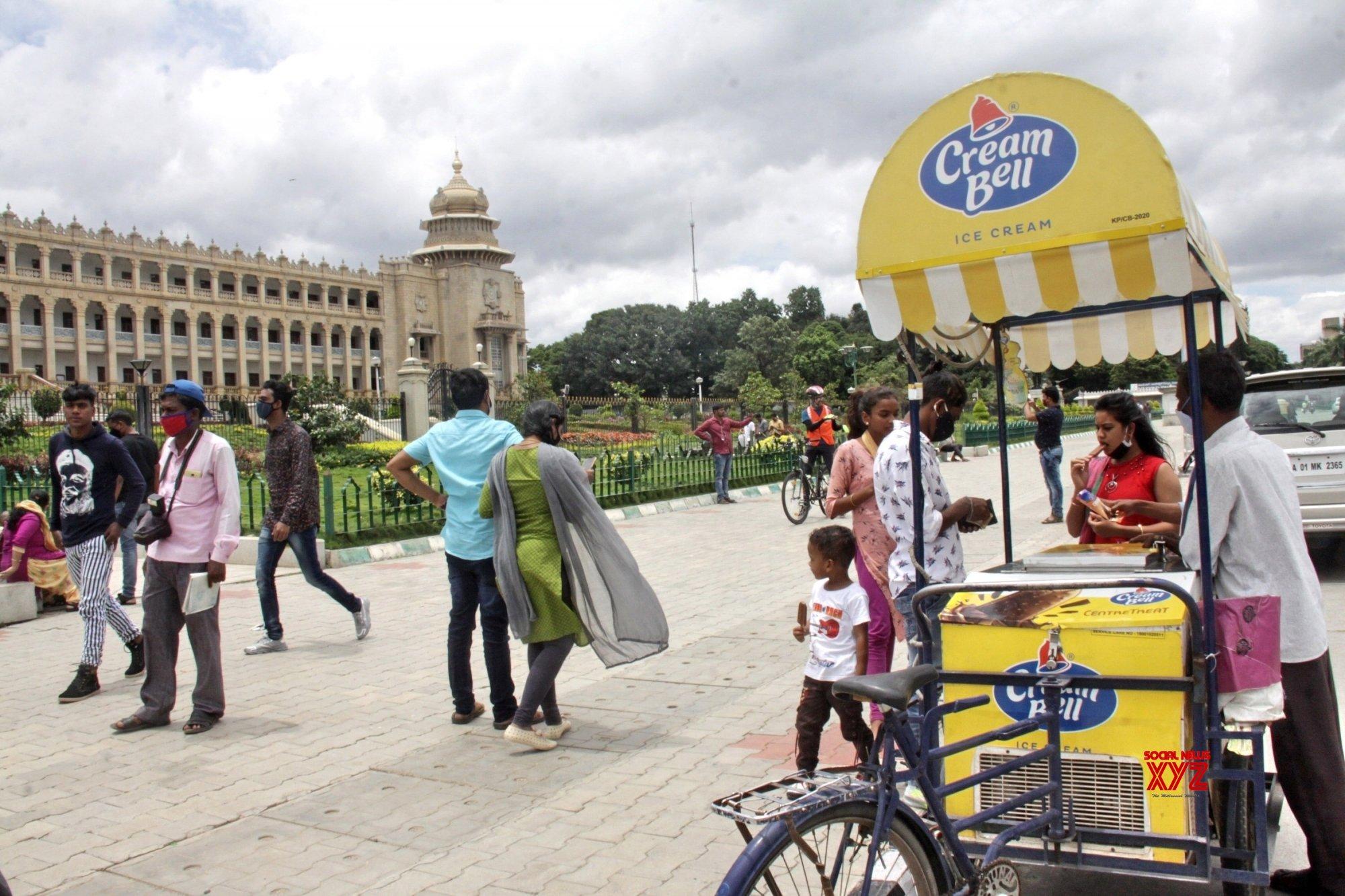 Bengaluru: Karnataka Government removes Sunday lockdowns #Gallery