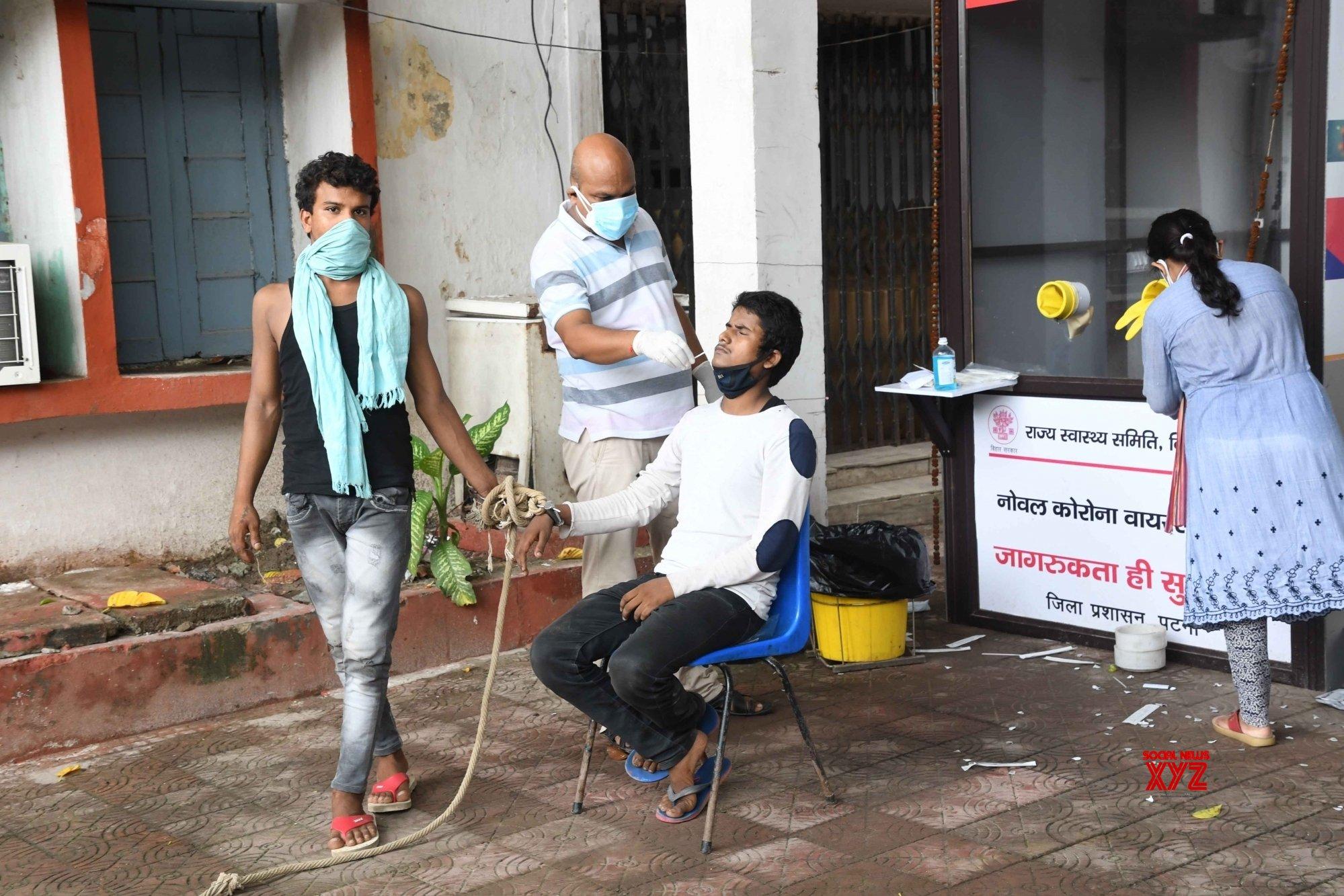 Patna: Prisoners undergo COVID - 19 testing before sent to jail #Gallery