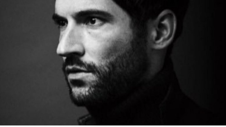 'Lucifer' star Tom Ellis takes a break from Twitter