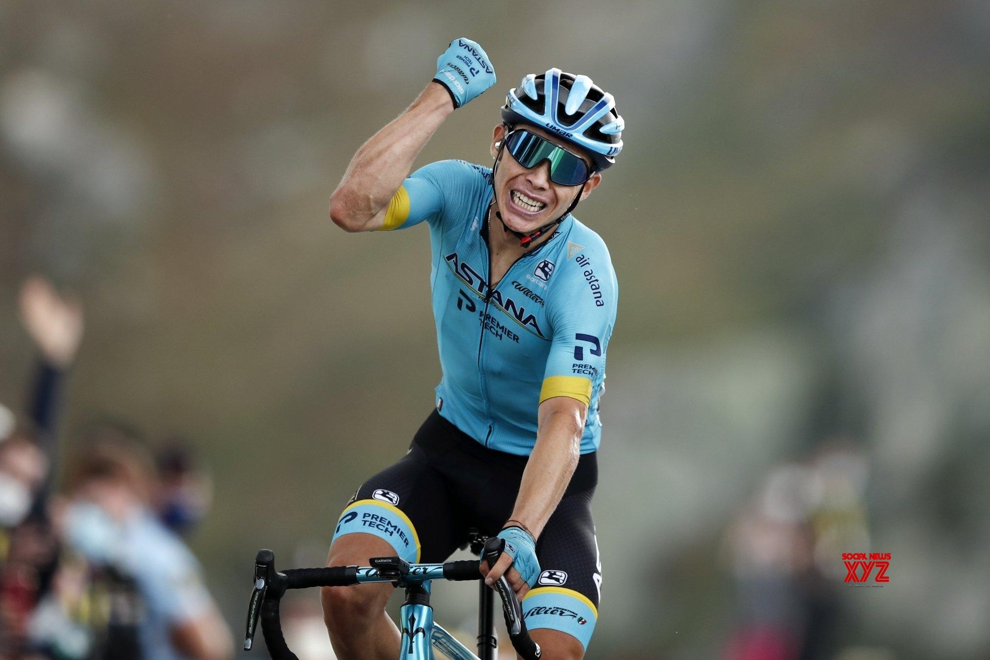 Tour de France: Drama on Col de la Loze as Lopez wins Stage 17