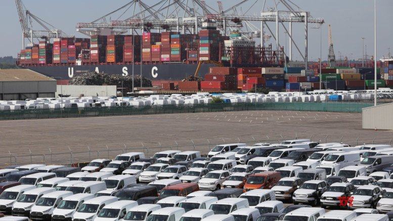 India's Nov merchandise exports down 8.74%, imports fall by 13.32% YoY