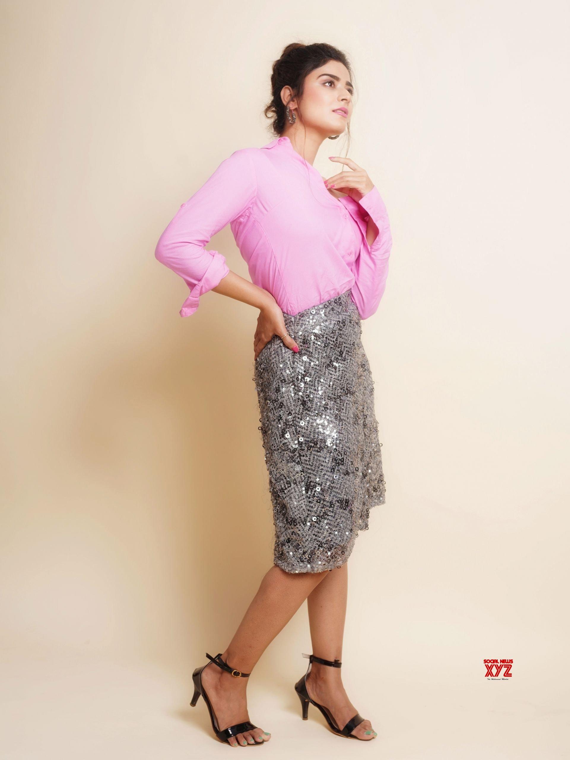 Actress Priyanka Sharma Latest Glamour HD Stills