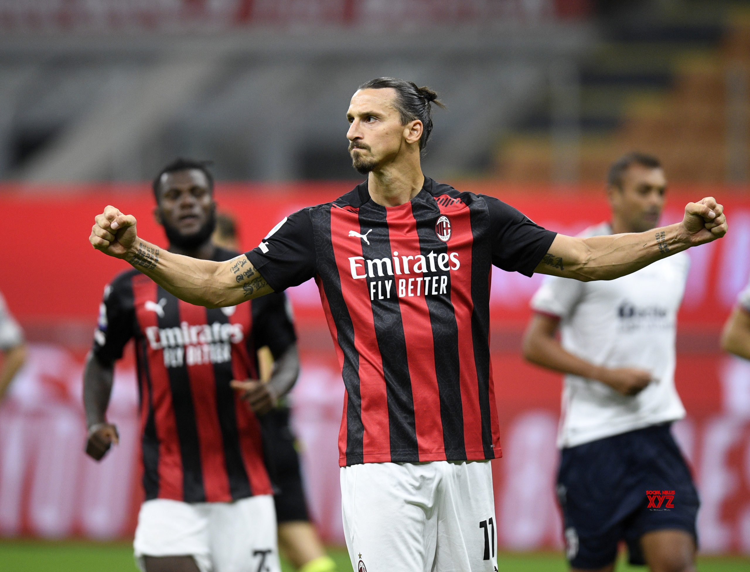 Zlatan Ibrahimovic scores twice as AC Milan win first match