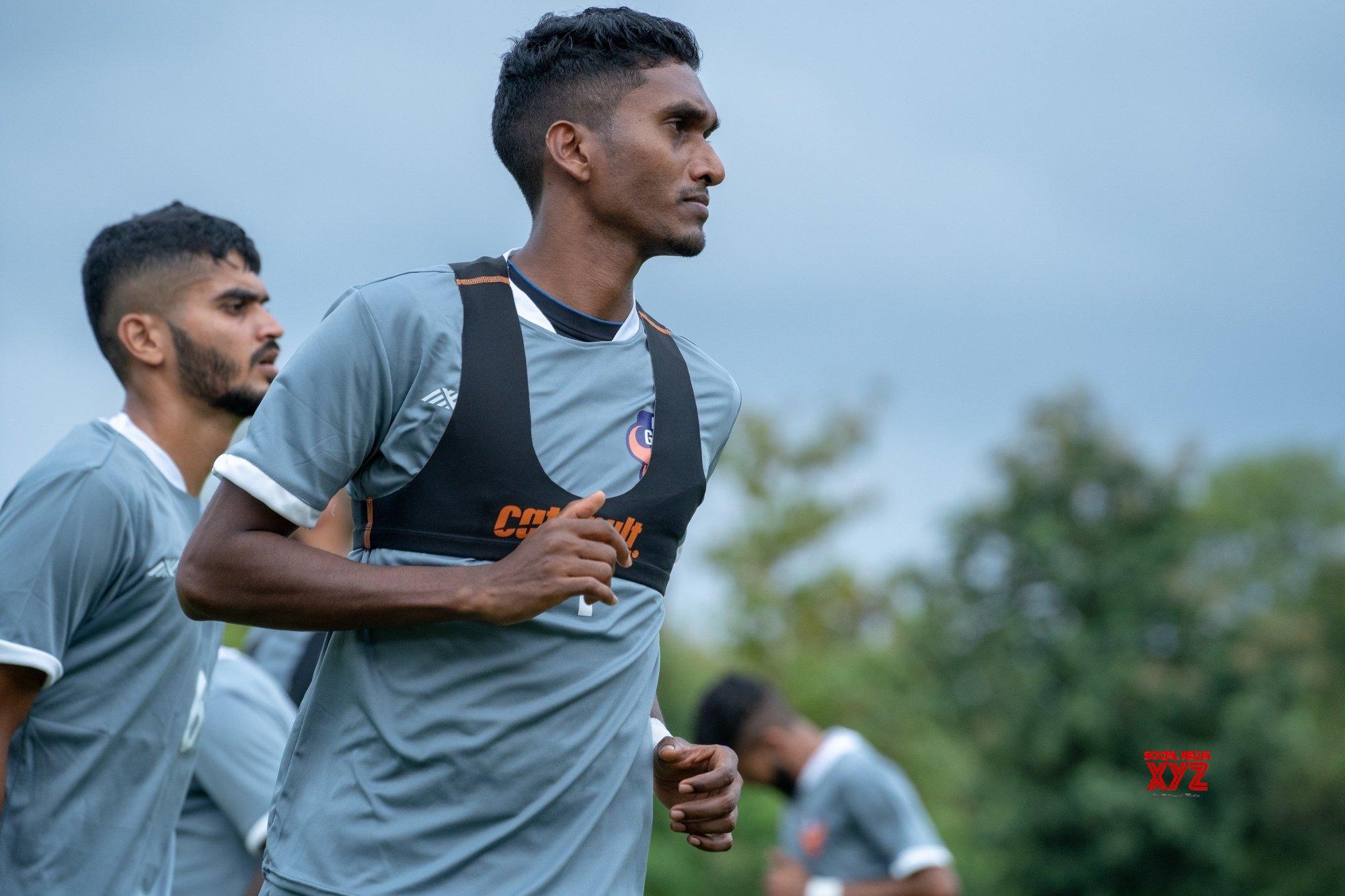 New-look FC Goa look to overcome Bengaluru challenge