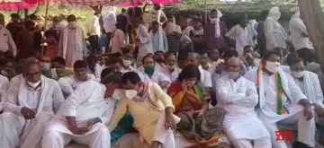 Raj temple priest murder: Family refuses to perform last rites as protests erupt