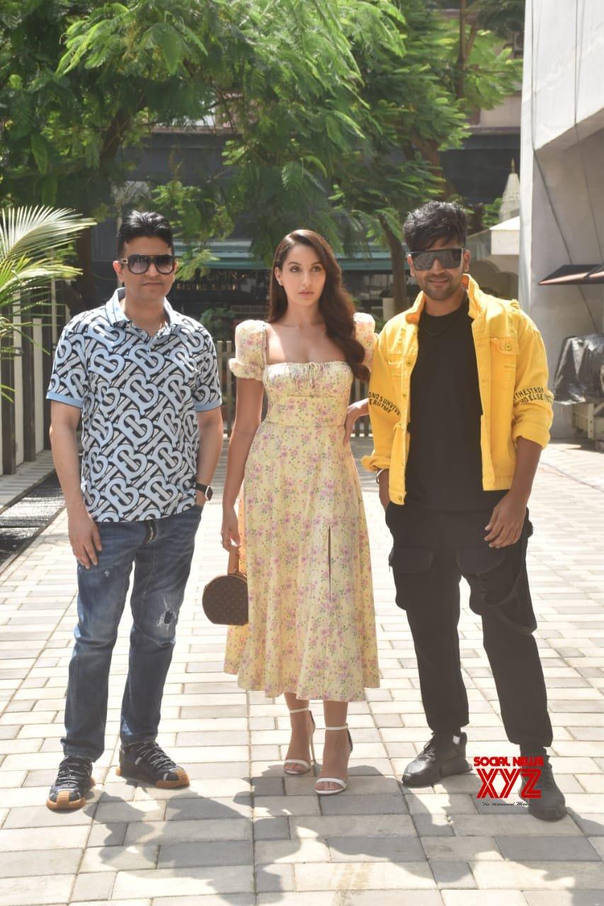 Bhushan Kumar, Nora Fatehi, And Guru Randhawa At T Series Office In Andheri - Gallery