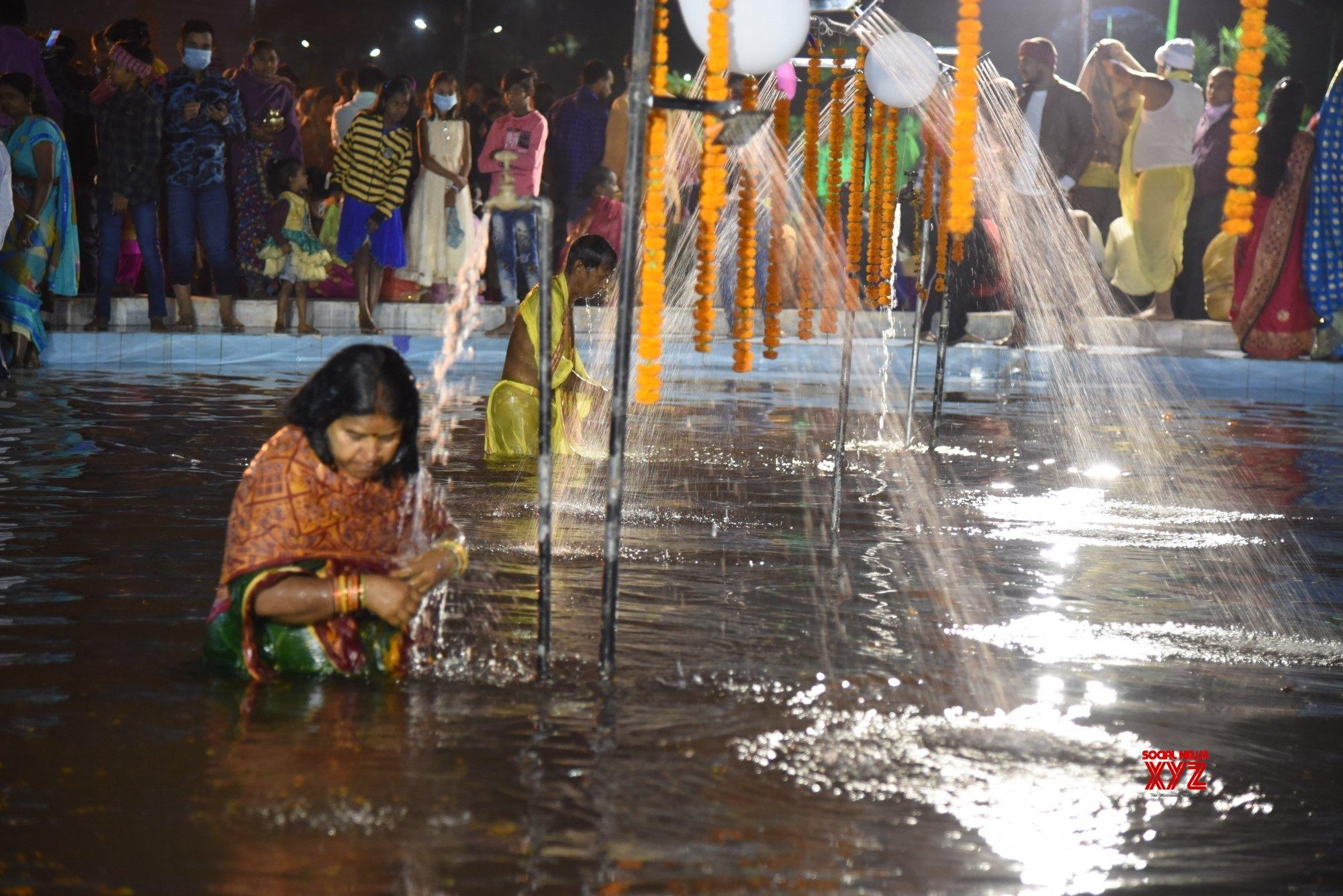Patna: Chhath Puja celebrations at Kankarbagh Colony's Shivaji Park (Batch - 8) #Gallery