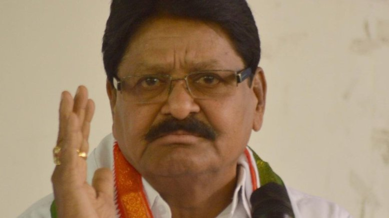 Veteran T'gana Cong leader Sarve Satyanarayana ditches party