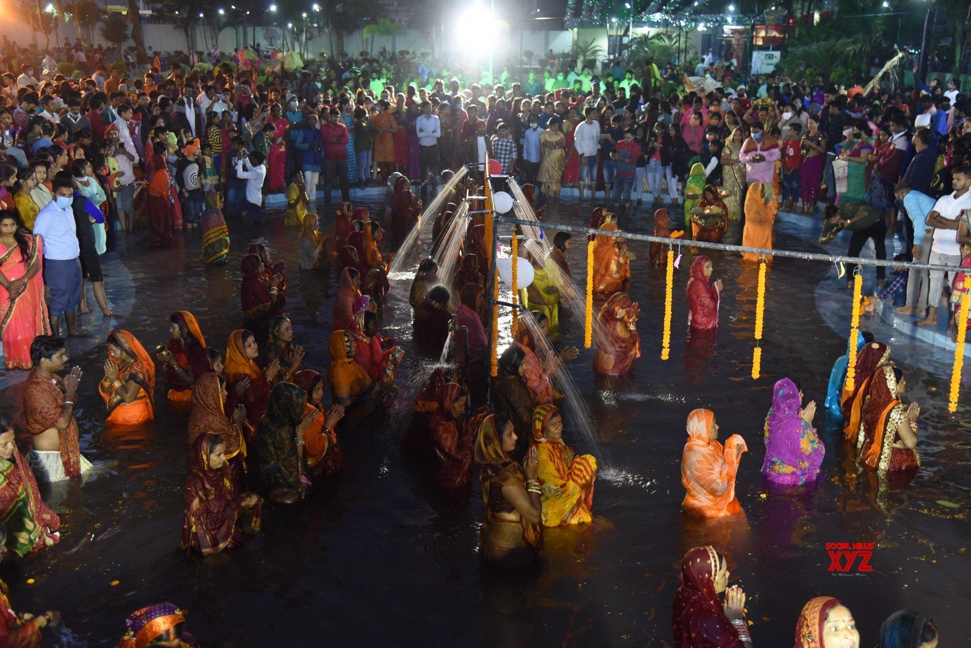 Patna: Chhath Puja celebrations at Kankarbagh Colony's Shivaji Park (Batch - 11) #Gallery