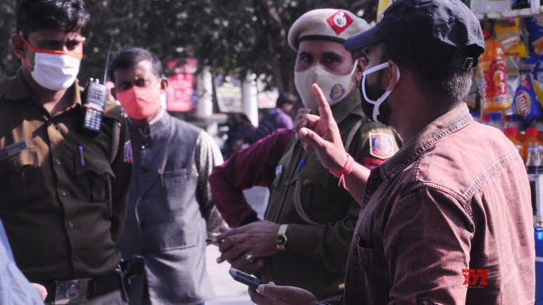 1,306 fined for not wearing masks in Delhi