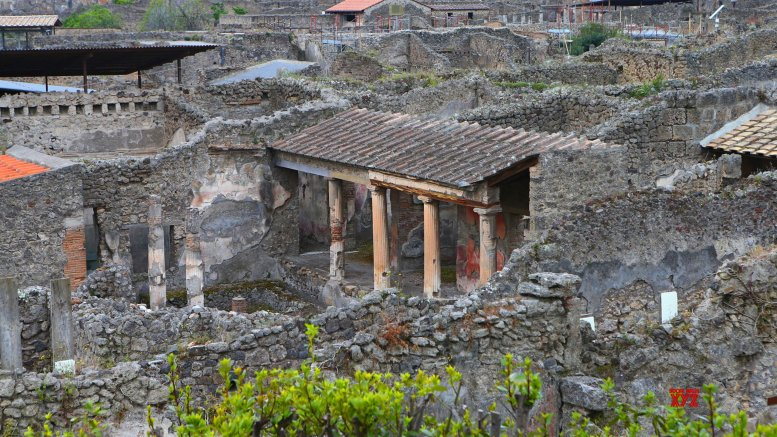 Archaeologists discover remains of 2 Pompeii eruption victims