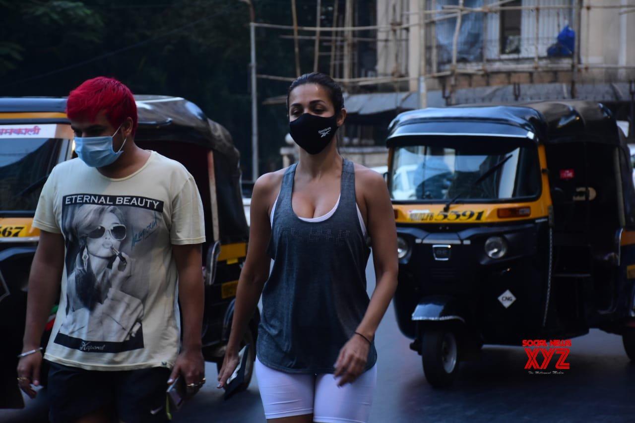 Actresss Malaika Arora Spotted At Bandra Gallery