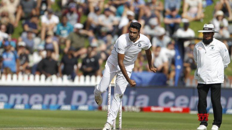 Ashwin can take 800 wickets, Lyon not good enough, says Muralitharan