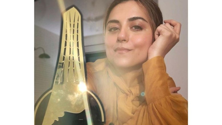 Ridhi Dogra All Excited And Feeling Gratitude, As She Receives International Iconic Award For Asur.
