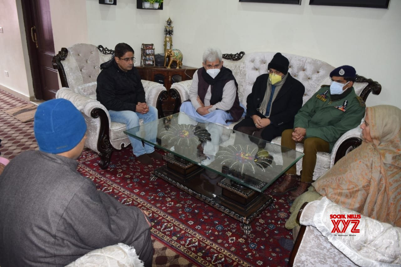 Srinagar: Governor Manoj Sinha on Wednesday visited the family of goldsmith Satpal Nischal, who was killed by terrorists #Gallery
