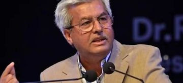 The president of Supreme Court Bar Association (SCBA), Dushyant Dave, resigned from his post with immediate effect on Thursday, saying he has forfeited his right to continue.