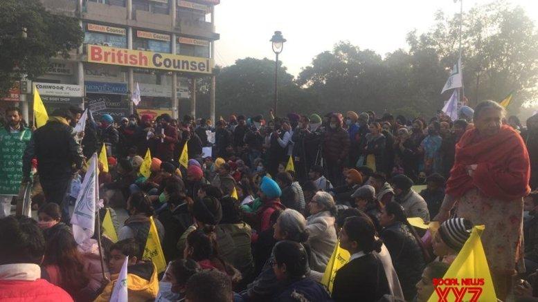 Burning farm laws, Punjabi romance and curious case of landless' absence