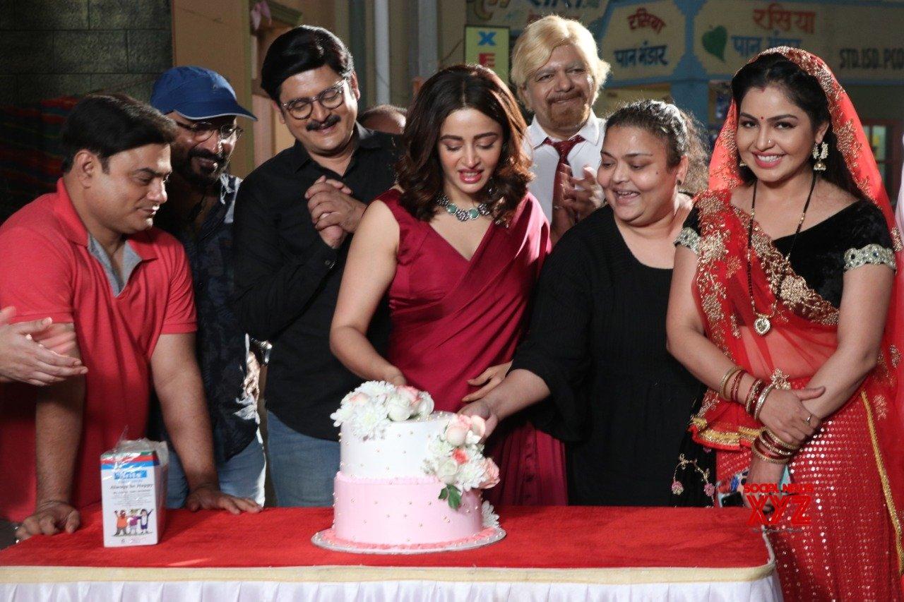Nehha Pendse begins shooting as Anita Bhabhi in 'Bhabiji Ghar Par Hai'