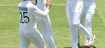 4th Test: India need 328 to win Border-Gavaskar Trophy. (photo:Twitter)