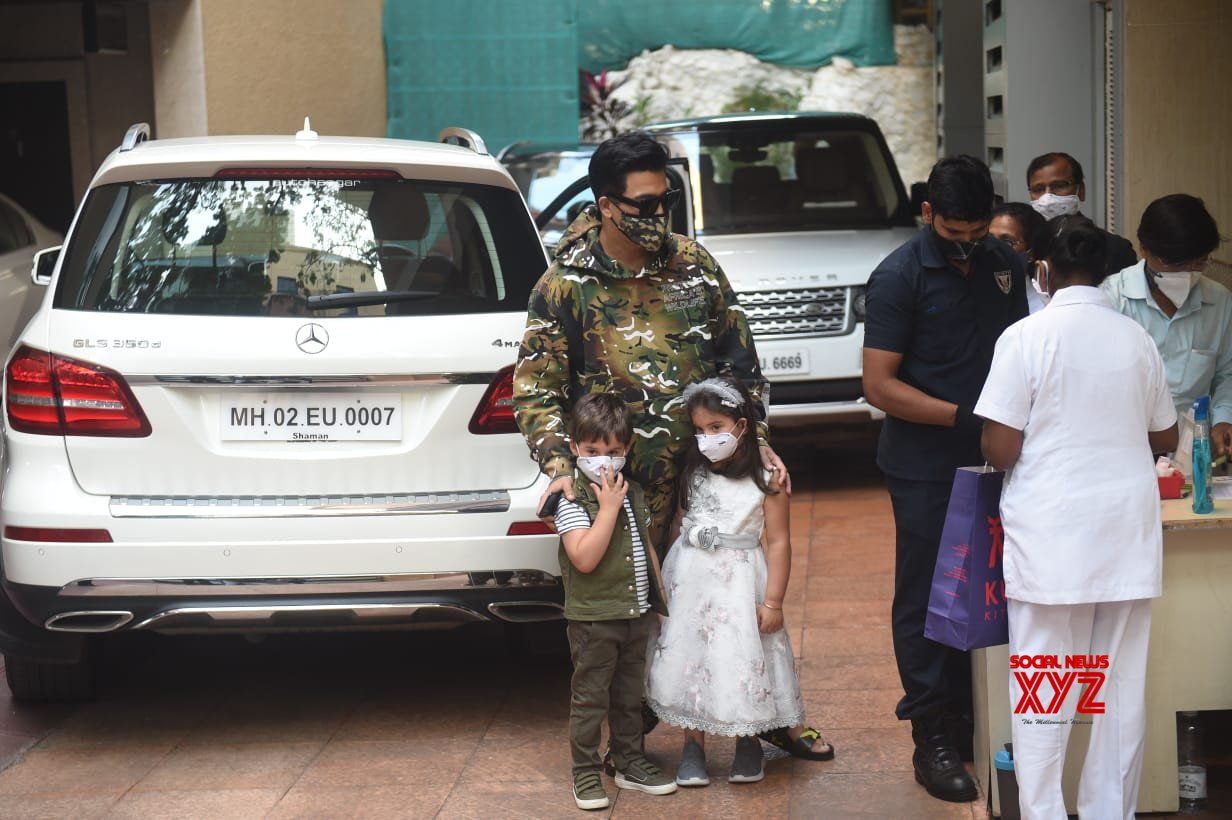 Karan Johar With Kids Spotted At Ekta Kapoor's Son Birthday Party - Gallery