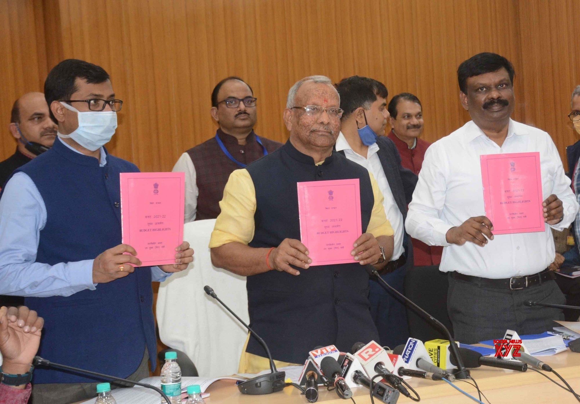 Patna: Deputy CM and state Finance Minister Tarkishore Prasad (C) release budget highlights after the Bihar State Budget Session, in Patna on Monday February, in Patna on - Monday 22nd February, 2021 #Gallery